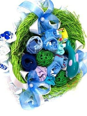 Букет из детских носочков