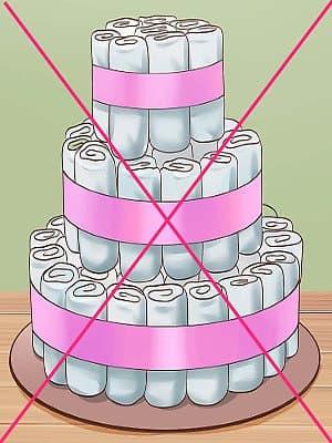 Торт из памперсов свернутых по отдельности